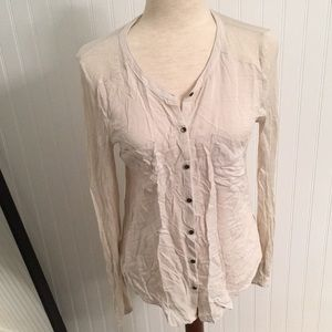 Pocketed round hem button down blouse